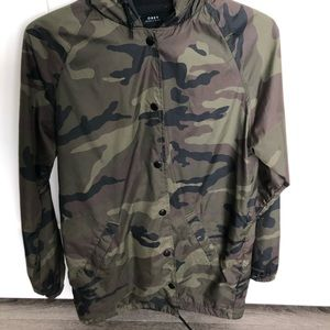 A camouflage obey wind breaker new!!!
